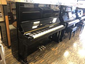店内展示ピアノ一覧