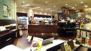 はじめまして!ヤマハミュージック 堺店です